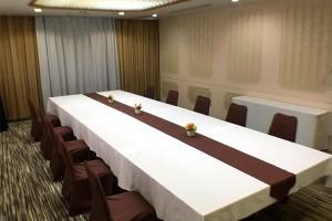 2F 特別会議室「菊」